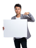 Azjatycki biznesmena przedstawienie z białą deską Zdjęcie Stock