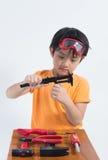 Azjatycki chłopiec sztuki inżynier fotografia royalty free