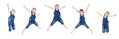 Azjatycki śliczny dziecko skacze Obrazy Stock