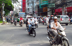 Azjatycki motocyklu tłumu ruch drogowy na ulicie Obraz Royalty Free