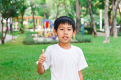 Azjatyckie chłopiec aprobaty Fotografia Stock