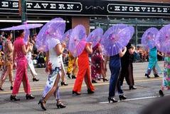 Azjatyckie damy W Tradycyjnej sukni W KDays paradzie obraz stock