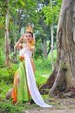 Azjatyckie kobiety w tradycyjnym kostiumu Fotografia Royalty Free