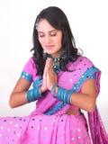 azjatykci dziewczyny postury modlenie Fotografia Royalty Free