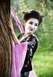 azjatykcia pobliski portreta stylu drzewa kobieta Zdjęcie Royalty Free