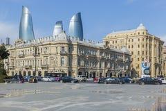 Azneft fyrkant i Baku royaltyfria foton