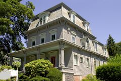 Azotea de buhardilla - edificio del Victorian Foto de archivo