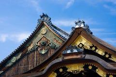 Azoteas japonesas del templo Imagenes de archivo