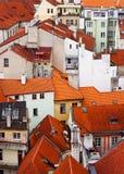 Azoteas rojas, Praga imagen de archivo