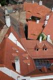 Azoteas rojas - Sibiu Imagen de archivo libre de regalías