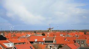 Azoteas y molinoes de viento Foto de archivo