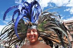 Aztec folklore i den Zocalo fyrkanten, Mexico - stad Arkivbild