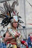 Aztec folklore i den Zocalo fyrkanten, Mexico - stad Royaltyfria Foton
