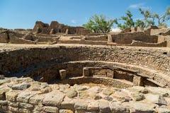 Aztec ruïneert Nationaal Monument in New Mexico royalty-vrije stock foto