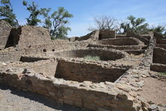 Aztec ruïneert Nationaal Monument in New Mexico, de V.S. royalty-vrije stock afbeeldingen