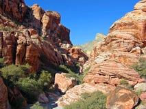 Azteka piaska kamienia rockowa formacja blisko rewolucjonistki skały jaru, Południowy Nevada Zdjęcie Stock