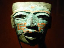 Aztekische Begräbnis- Maske; México - Teotihuacan, Stadt der Götter - M stockfotografie