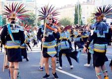 Aztekische Masken in der Karnevalsprozession in Fiume, im Februar 2018 lizenzfreie stockfotos
