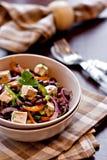Azuki与豆腐和蔬菜的豆沙拉 库存图片