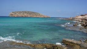 Azul brillante de Ibiza Imágenes de archivo libres de regalías