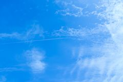 azul brillante del aire del día fotos de archivo