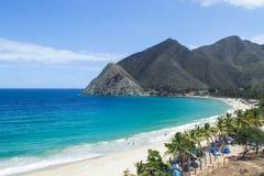 Azul, campo, colores, ondas, océano, montañas, naturaleza, días de fiesta, hermosos Fotos de archivo