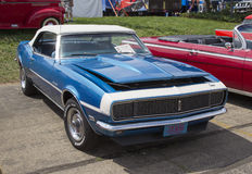 1968 azul Chevy Camaro Imagenes de archivo