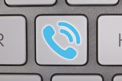 Azul contacte-nos no teclado Imagens de Stock