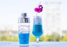 Azul da bebida da barra foto de stock