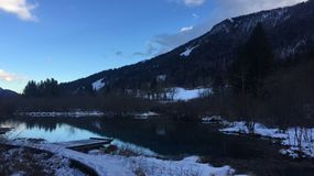 Azul de Kranjska Gora - lago imagem de stock royalty free