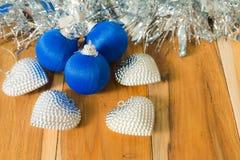 Azul decorado pelo Natal e o ano novo Imagem de Stock Royalty Free