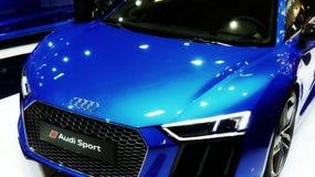 Azul do cupê de Audi RS5 foto de stock
