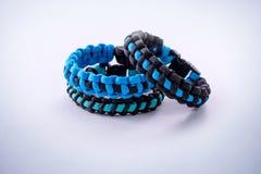 Azul do paracord dos braceletes Imagem de Stock