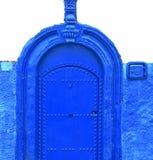 azul histórico en el estilo antiguo af de Marruecos de la puerta del edificio ilustración del vector