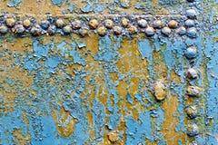 Azul oxidado do metal com rebites 1 foto de stock royalty free