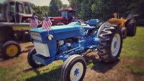 Azul patriótico na exploração agrícola Imagem de Stock Royalty Free