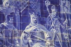 Azulejo-Platte im Sao Bento Railway Station in Porto Lizenzfreie Stockfotos