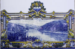 Azulejo tegelplattor, Portugal royaltyfri foto