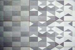 Azulejo, textura-cinzento sem emenda quadrado escuro, revestimento da telha Foto de Stock Royalty Free