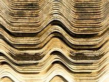 Azulejo viejo del asbesto de la pila Foto de archivo libre de regalías