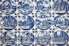 Azulejos antiguos de la pared de Delft Fotografía de archivo libre de regalías