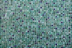 Azulejos de mosaico verdes Textura del fondo imágenes de archivo libres de regalías