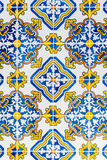 Azulejos esmaltados portugueses tradicionales Fotografía de archivo