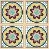 Azulejos espanhóis com teste padrão floral Fotografia de Stock Royalty Free