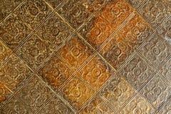 azulejos grabados del techo del estaño del siglo XIX Imagen de archivo libre de regalías