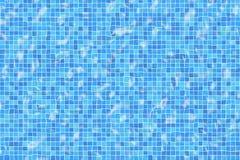 Azulejos ondulados de la piscina foto de archivo libre de regalías
