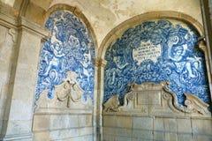 Azulejos op de muur van Porto Kathedraal, Portugal royalty-vrije stock afbeelding