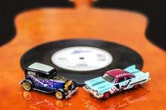 Azules y coches de la roca Fotos de archivo