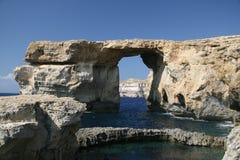 Azurblaues Felsenauge auf Malta stockfotografie