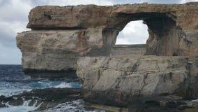 Azure Window, beroemde steenboog stock video